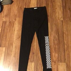 Black Vans leggings